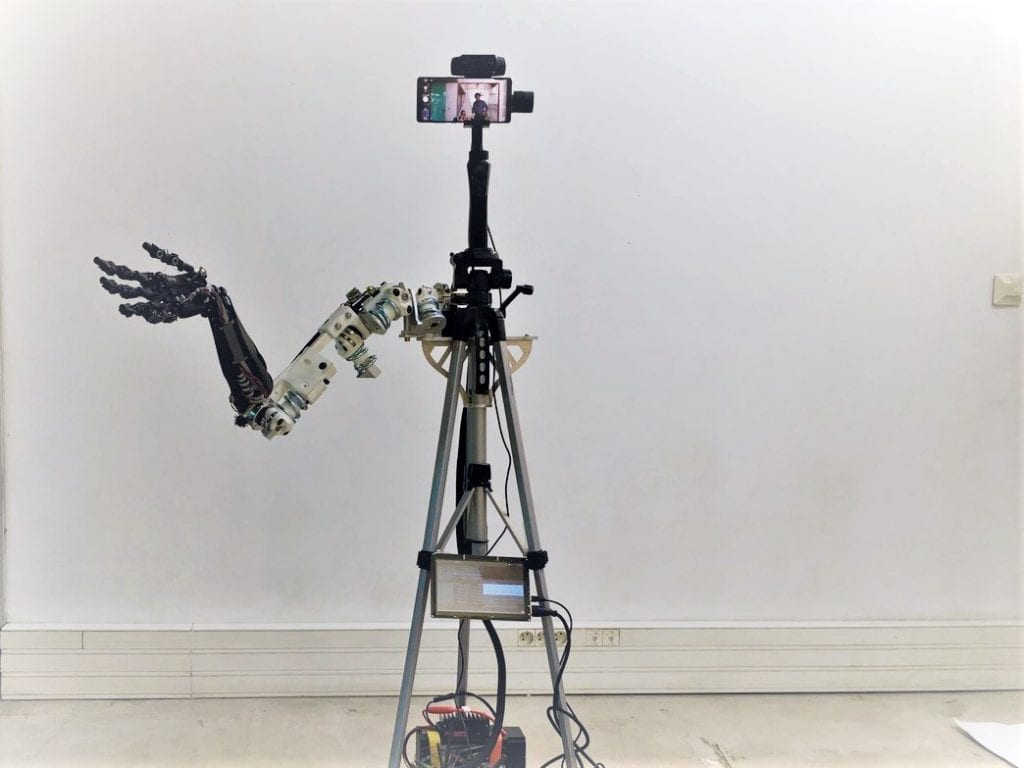 Roboten Studio3 SEA Robot Arm (c)